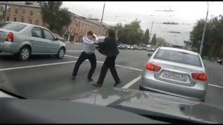 Bouračky a bitky řidičů v Rusku