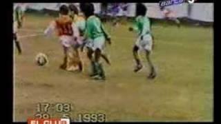 Podívejte se jak válel Lionel Messi, když mu bylo 5 let
