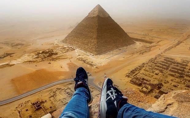 Úžasné záběry z vrcholu Cheopsovy pyramidy