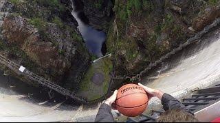 Basketbalovej trik, u kterýho si normální lidi ukroutí hlavou